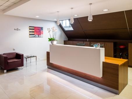 location bureaux paris 08 75008 10m2. Black Bedroom Furniture Sets. Home Design Ideas