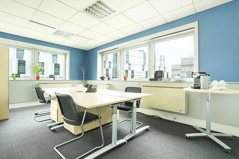 location bureaux roissy en france 95731 100m2. Black Bedroom Furniture Sets. Home Design Ideas