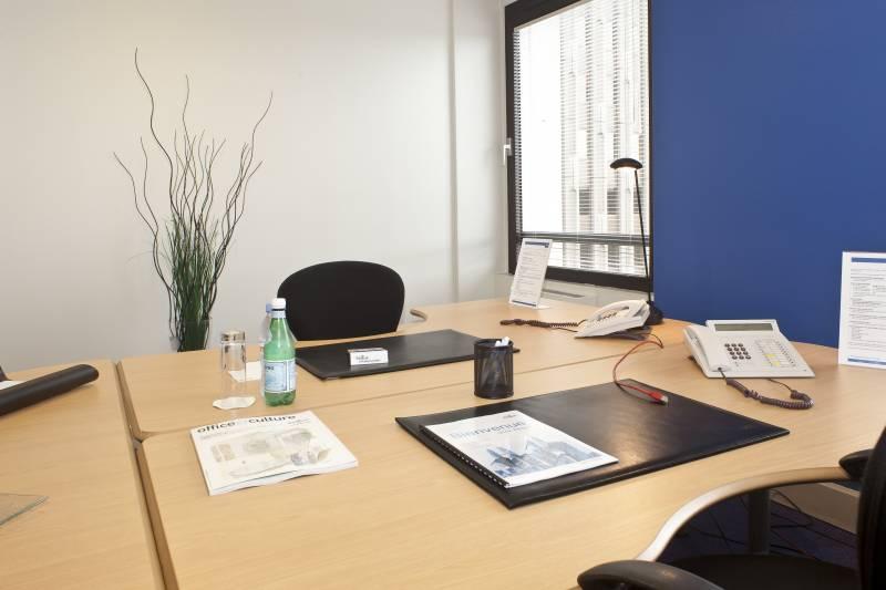 location bureaux strasbourg 67000 10m2. Black Bedroom Furniture Sets. Home Design Ideas