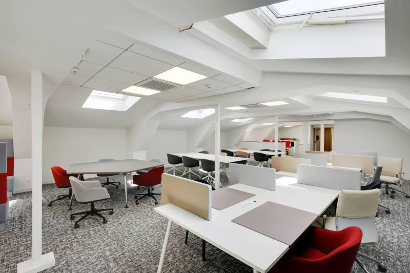 Location bureaux paris 75010 20m2 for Location bureau 64