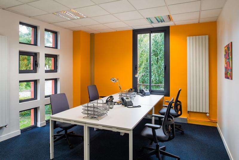 Espaces de travail à Fontainebleau Stop & Work - pour 3à 4 personnes ! - Photo 1