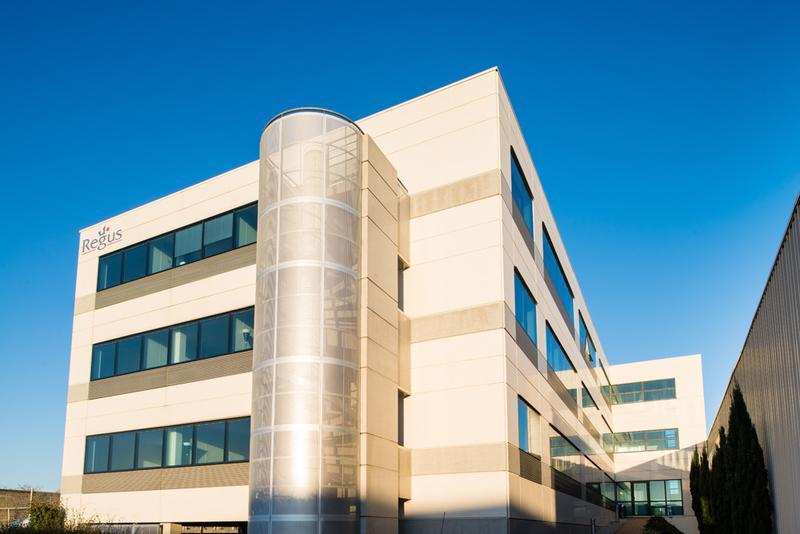 Bureau privé équipé jusqu'à  6 personnes à Toulouse Blagnac Airport ! - Photo 1