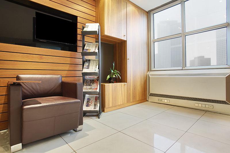 location bureaux puteaux 92044 54m2. Black Bedroom Furniture Sets. Home Design Ideas
