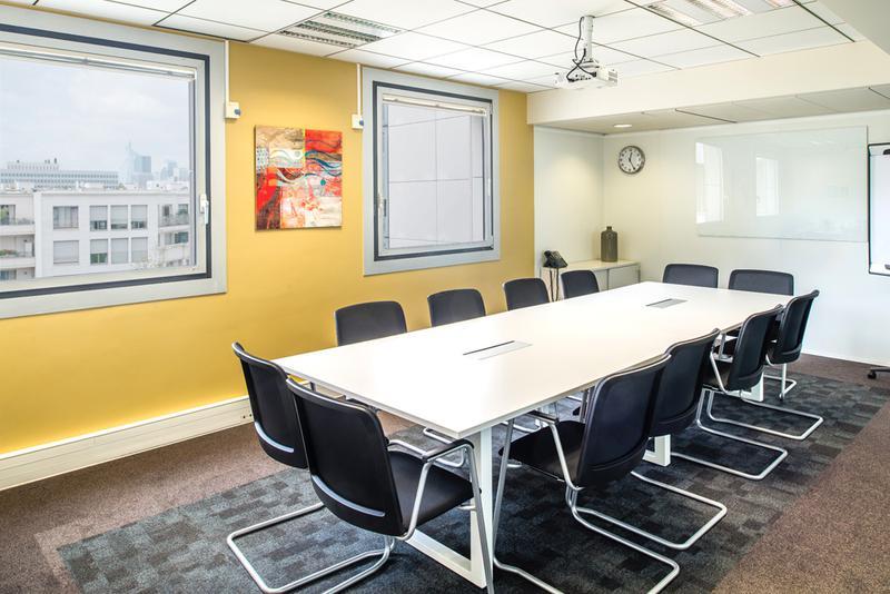 Coworking levallois perret bureaux à partager et centre d