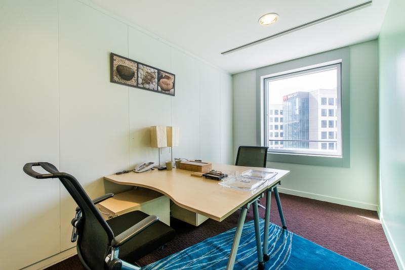 location bureaux courbevoie 92671 18m. Black Bedroom Furniture Sets. Home Design Ideas