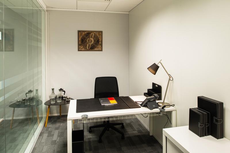 Mobilier bureau velizy achetez bureau bois massif occasion