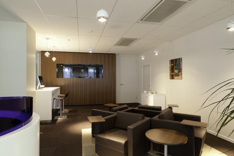 location bureaux nantes 44000. Black Bedroom Furniture Sets. Home Design Ideas