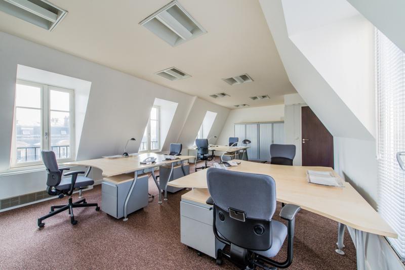 location bureaux paris 1 75001. Black Bedroom Furniture Sets. Home Design Ideas