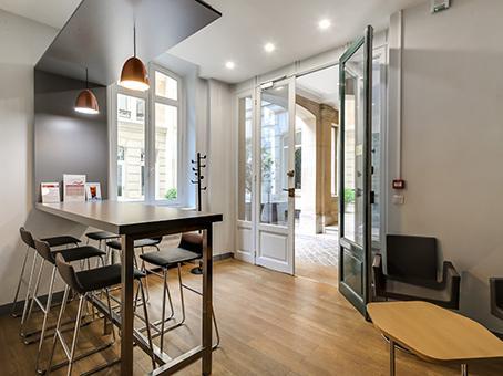 location bureaux paris 8 75008. Black Bedroom Furniture Sets. Home Design Ideas
