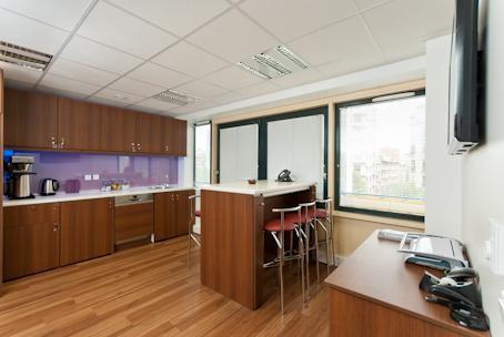 Coworking marseille 8 bureaux à partager et centre daffaires à