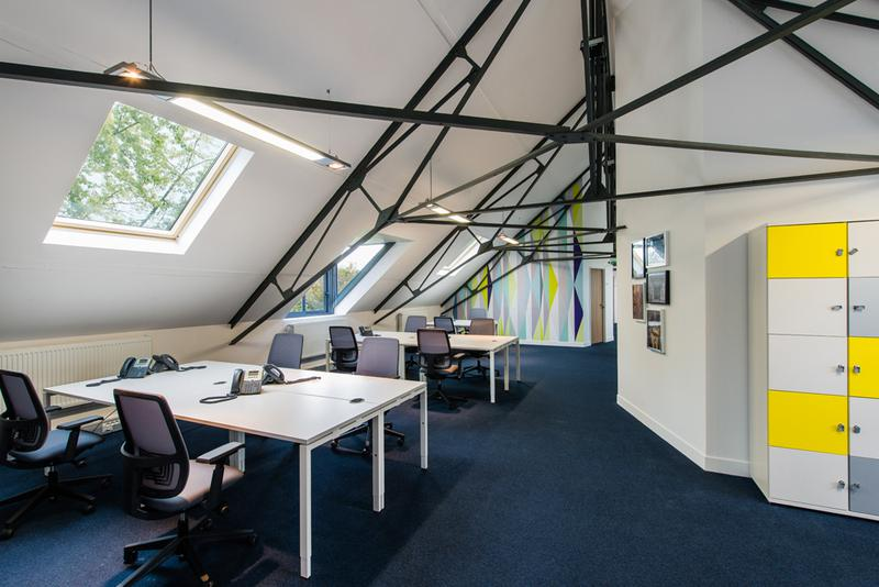 Bureau privé équipé jusqu'à  6 personnes à Fontainebleau Stop & Work! - Photo 1