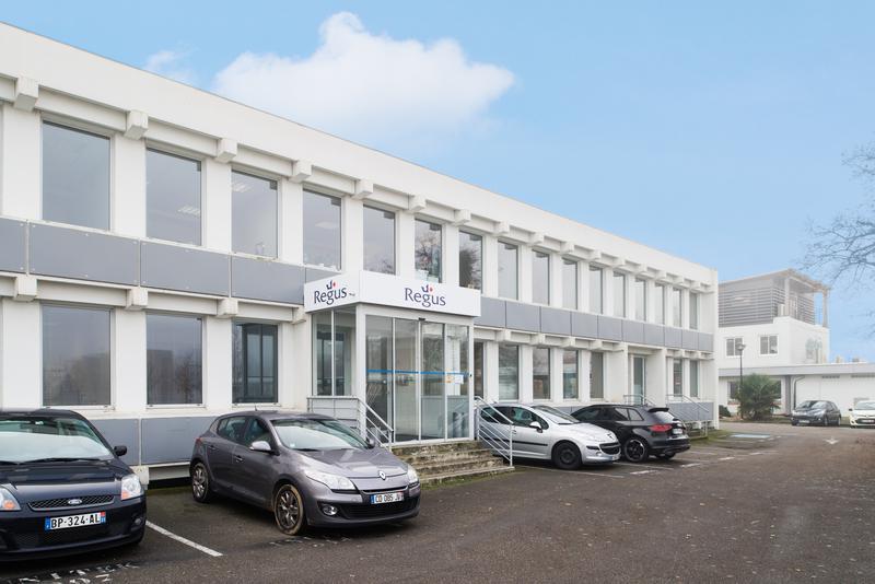 Bureau privé équipé jusqu'à  6 personnes à Toulouse Route d'Espagne Business Centre ! - Photo 1