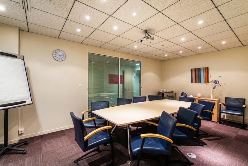 Bureau privé équipé jusqu'à  6 personnes à Toulouse Compans-Caffarelli - Photo 1