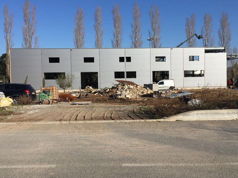 A VENDRE Local d'activité Fréjus 152 m2 - Photo 1