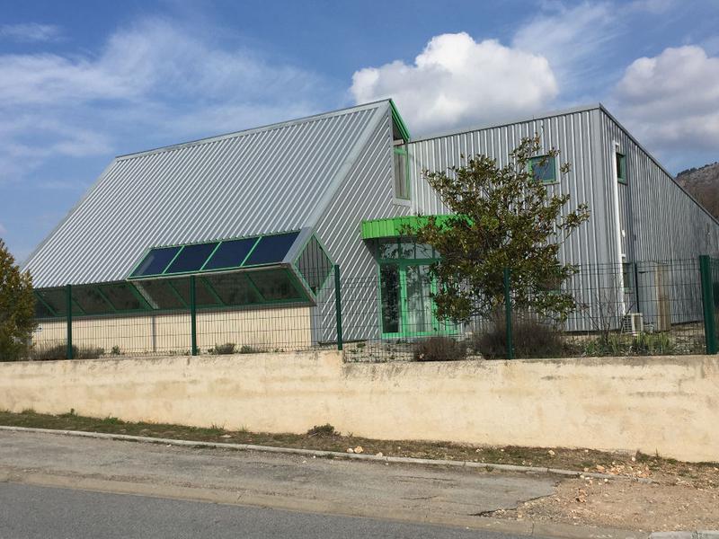 Entrepôt / local industriel Saint Vallier De Thiey 471 m2 + terrain à bâtir - Photo 1