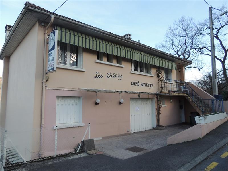 Dpt Hautes Pyrénées (65), à louer LOURDES Local commercial - Photo 1