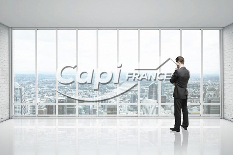 Dpt Vendée (85), à vendre LES SABLES D'OLONNE Local commercial 198m2 emplacement TOP face au port - Photo 1