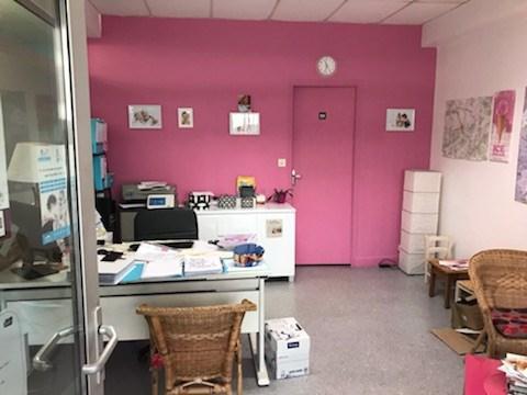 Dpt Aube (10), à vendre TROYES Local commercial 35.25 m² - Photo 1