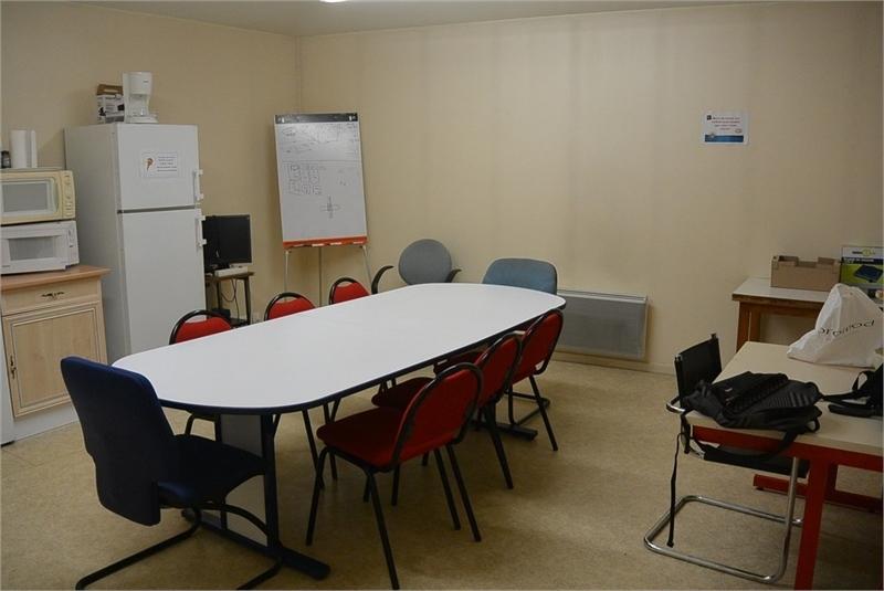 location bureaux beauvais 60000 620m2. Black Bedroom Furniture Sets. Home Design Ideas