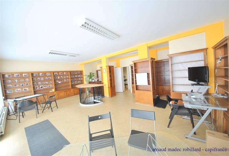 vente bureaux brest 29200 105m2. Black Bedroom Furniture Sets. Home Design Ideas