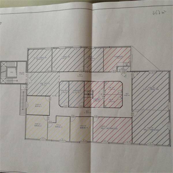 Location bureaux perigueux 24000 367m2 for Location bureau 64