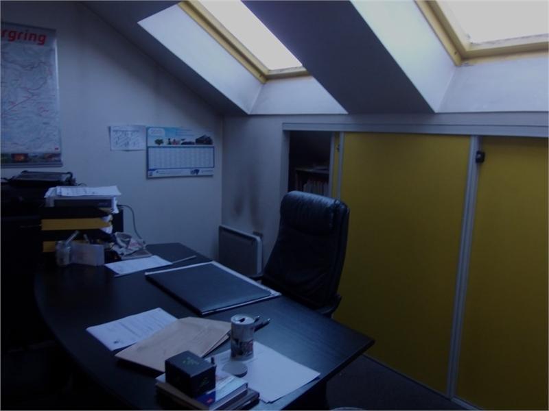 location bureaux quimper 29000 393m2. Black Bedroom Furniture Sets. Home Design Ideas