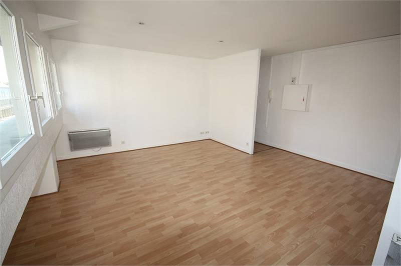 vente bureaux villefranche sur sa ne 69400 84m2. Black Bedroom Furniture Sets. Home Design Ideas