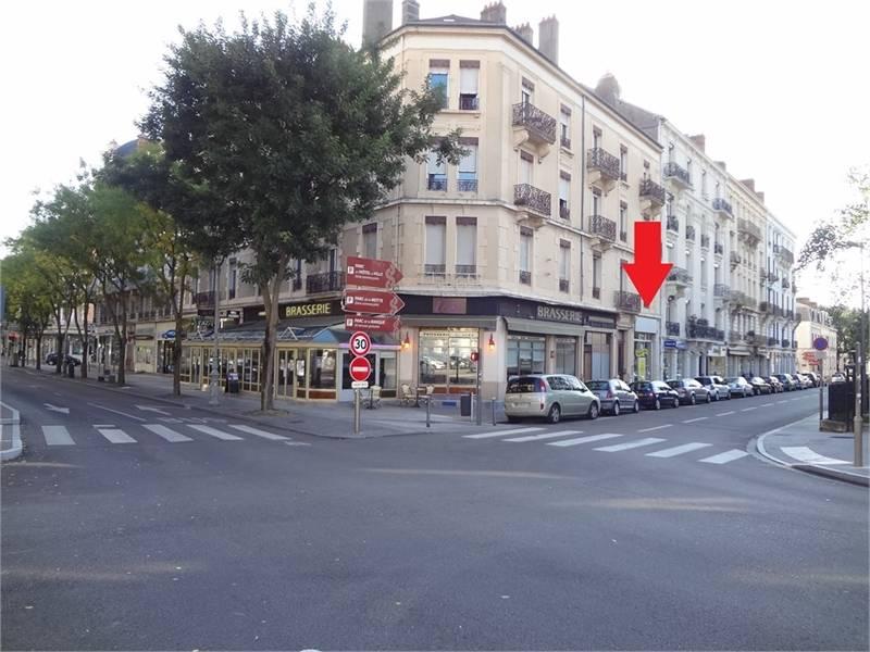 71100 Chalon Sur Saone : location commerces saint r my 71100 50m2 ~ Dailycaller-alerts.com Idées de Décoration