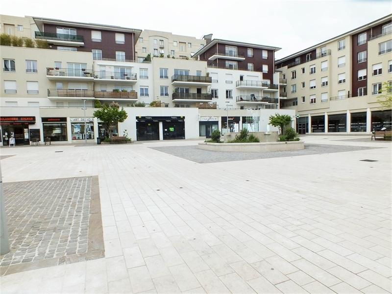 location locaux commerciaux rueil malmaison 92500 129m2. Black Bedroom Furniture Sets. Home Design Ideas