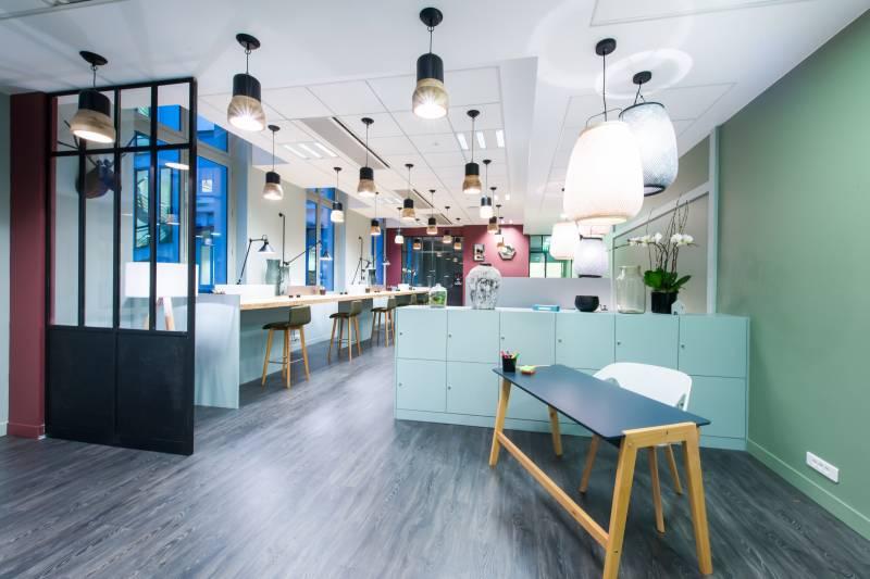 location centres d 39 affaires coworking paris 75008 15m2. Black Bedroom Furniture Sets. Home Design Ideas