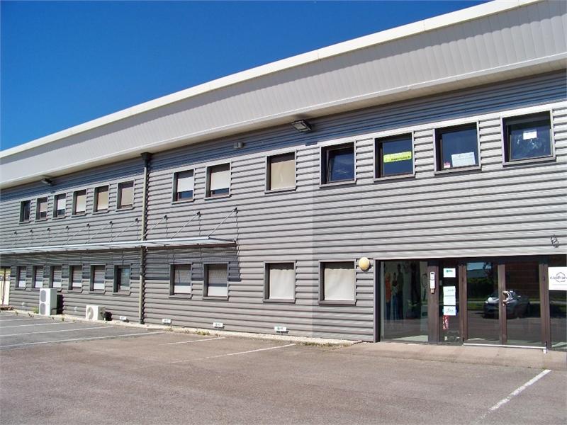 Dpt Aube (10), à louer LA CHAPELLE SAINT LUC plateau bureau 190 m² avec parkings - Photo 1