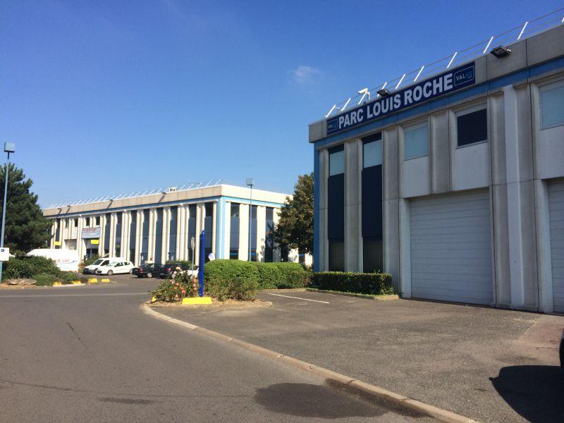 574 m² de locaux d'activités au coeur de la ZI Louis Roche