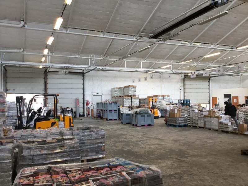 Locaux d'activités et bureaux à louer à Massy proximité immédiate RER - Photo 1