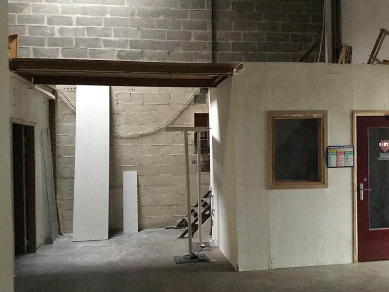 Locaux d'activités de 280m² avec bureaux à louer à Chennvières sur Marne - Photo 1