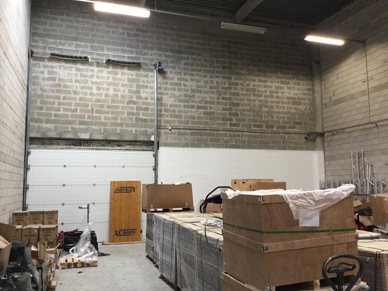 Locaux d'activités de 288m² à louer à Lognes proche A4 - Photo 1
