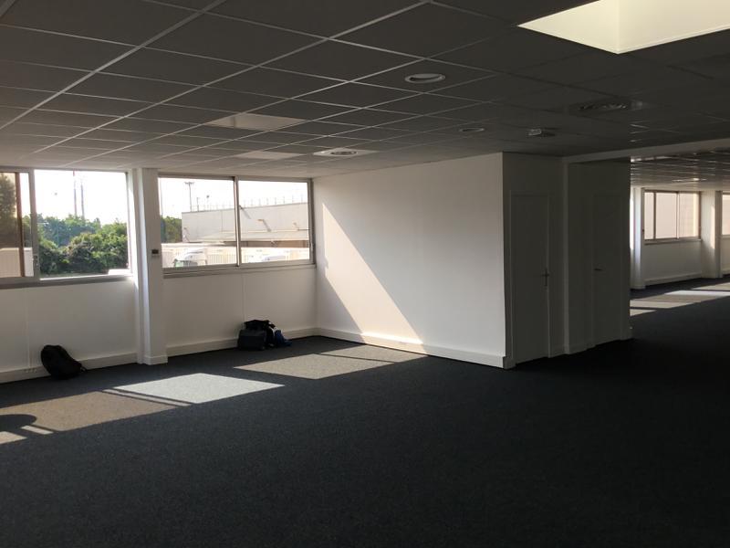 Location locaux d activités fresnes m² u bureauxlocaux