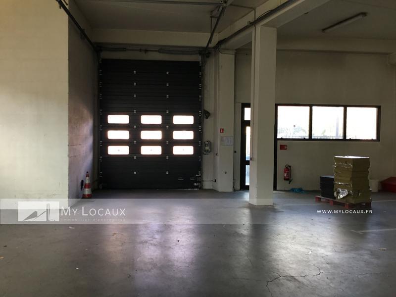 Locaux d'activités de 900m² avec bureaux à louer à Champigny proche A4 - Photo 1