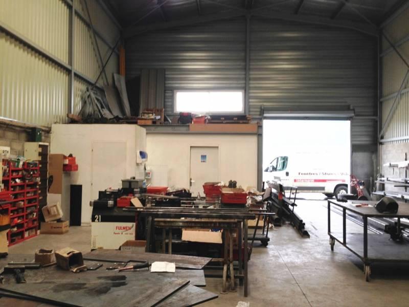SAINT JEAN d'ILLAC - Labory Baudan - Entrepôt à vendre - Photo 1
