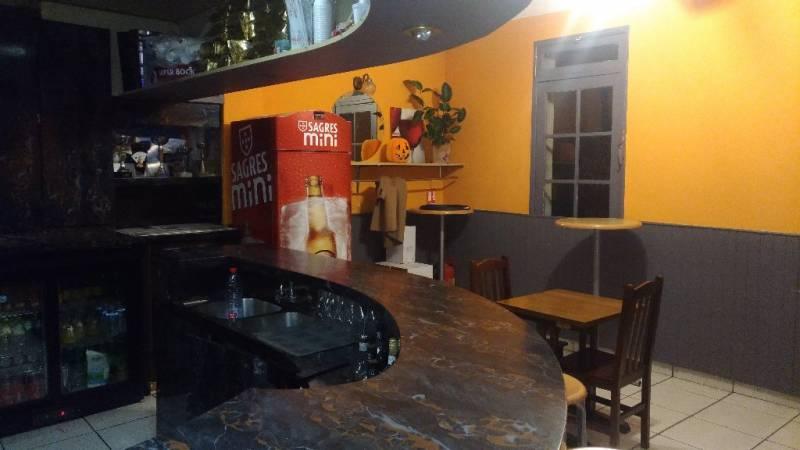 Location commerces maisons alfort 94700 84m2 for Bar belge maison alfort
