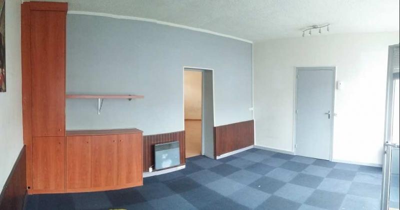 location locaux commerciaux saint maur des fosses 94100. Black Bedroom Furniture Sets. Home Design Ideas