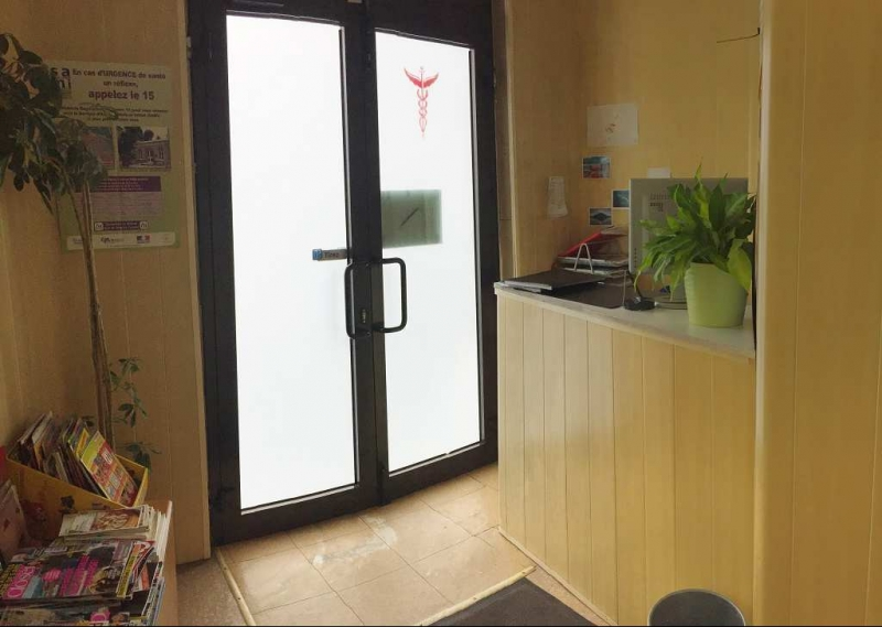 Location Locaux commerciaux Maisons alfort 94700 70m2 BureauxLocaux