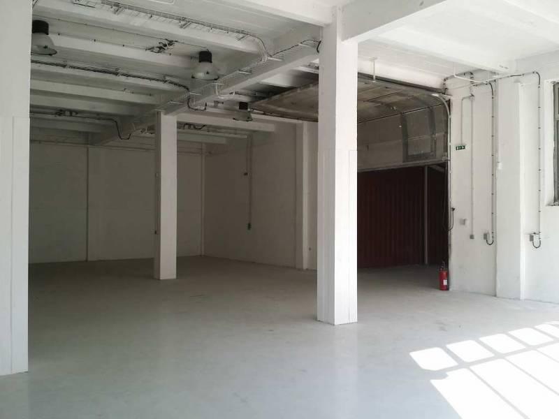 location bureaux entrep ts saint maur des fosses 94100 536m2. Black Bedroom Furniture Sets. Home Design Ideas
