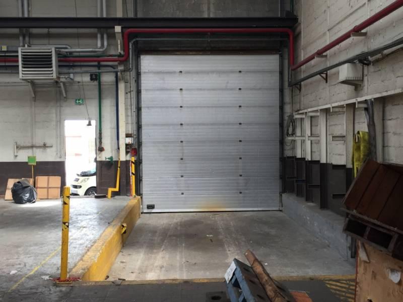 Location entrep t le havre 76600 2 700m2 for Location de garage le havre