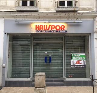 LOCAL COMMERCIAL 80m2 17019 AUXERRE 89000