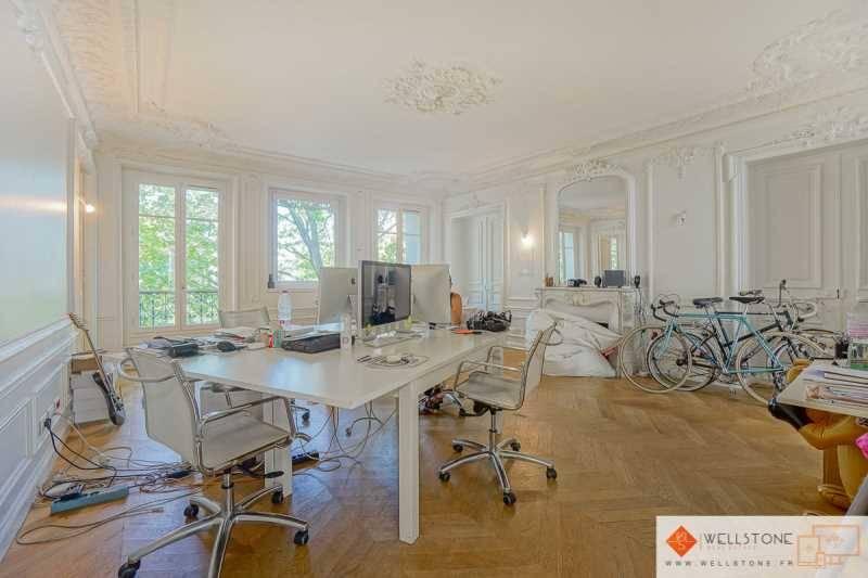 location bureaux paris 10 75010 152m2. Black Bedroom Furniture Sets. Home Design Ideas