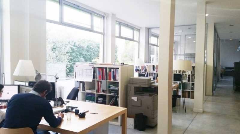 Location bureaux paris 75011 325m2 for Location bureau atypique paris