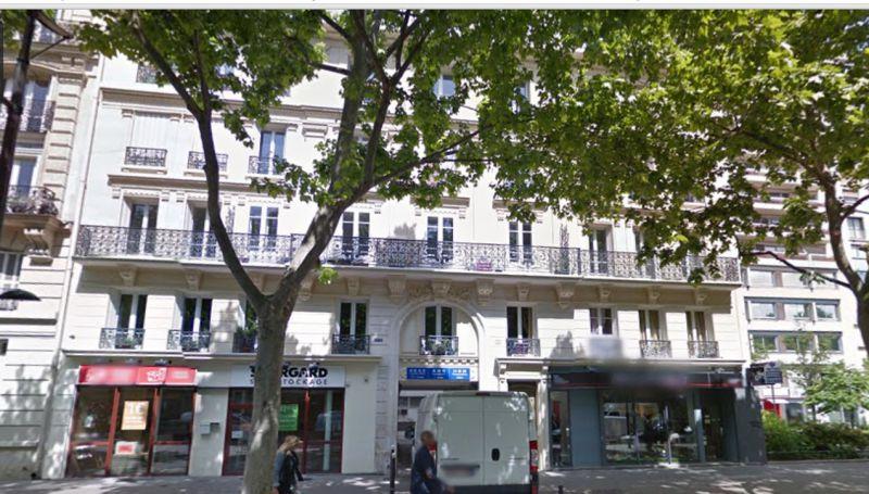 Location bureaux paris 19 75019 304m for Surfaces atypiques paris