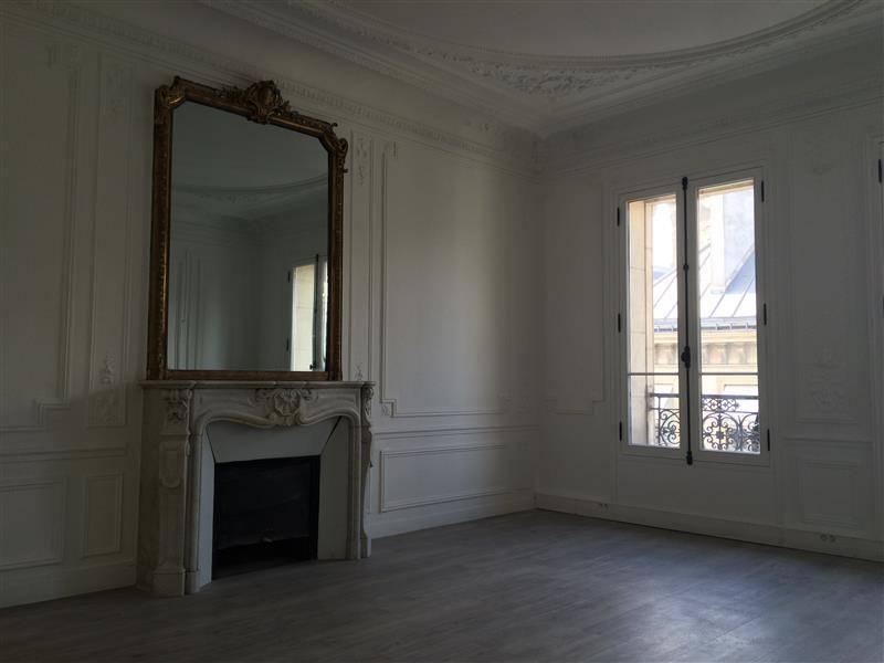 location bureaux paris 9 75009 155m2. Black Bedroom Furniture Sets. Home Design Ideas