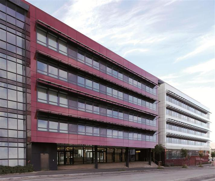 ZAC des Portes de Rosny - Bureaux HQE à louer en façade de l'A86 - Photo 1