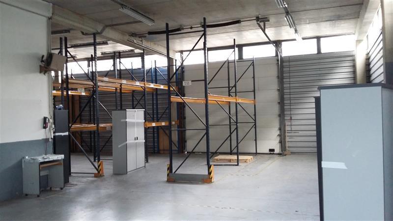 Bâtiment indépendant à vendre proche A4 - ZI PARIEST - Photo 1